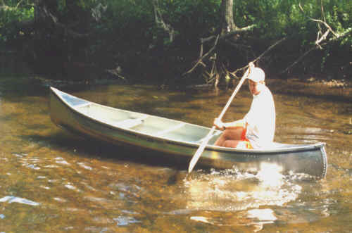 Michicraft T-15 Canoe in action