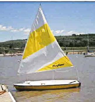 Sunflower 3.3 Sailboat on the lake
