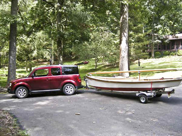Trailex-SUT-500-S Boat Trailer with a Sharpie Boat
