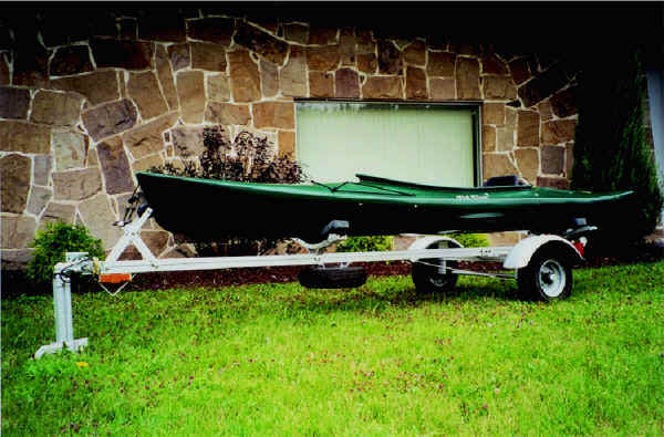 Trailex SUT-200-S Trailer with Old Town Loon Kayak
